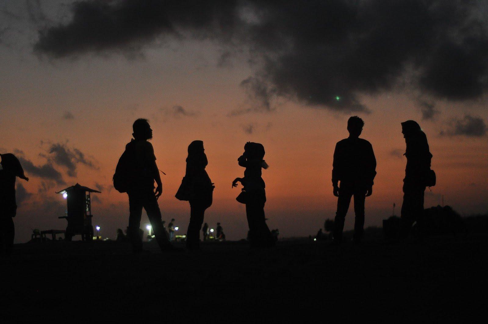 Mengejar Sunset yang Nggak Kekejar di Parangtritis